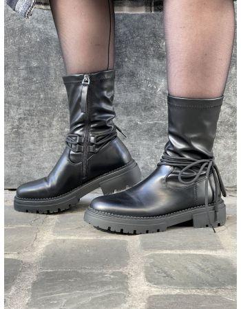 Boots Laya